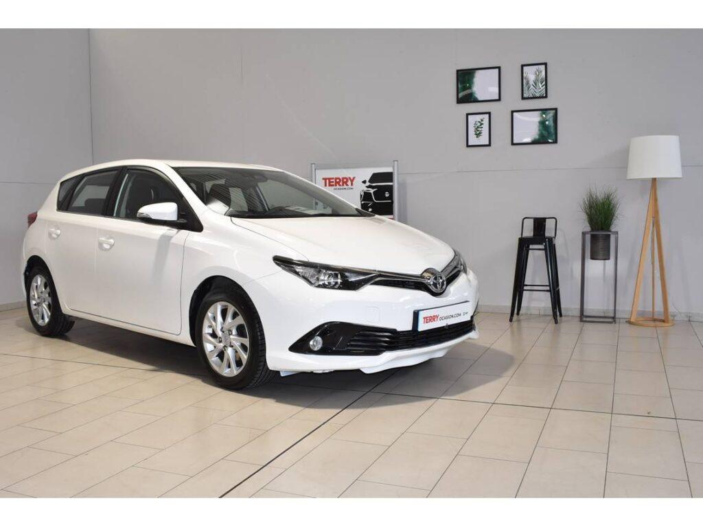 Toyota Auris segunda mano por 15000 euros